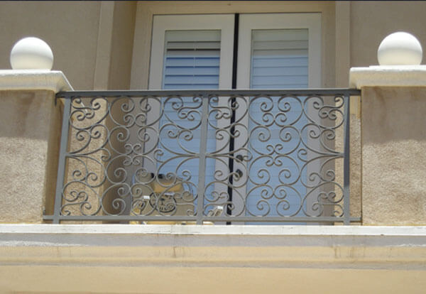 Interior/Exterior Balcony Railing